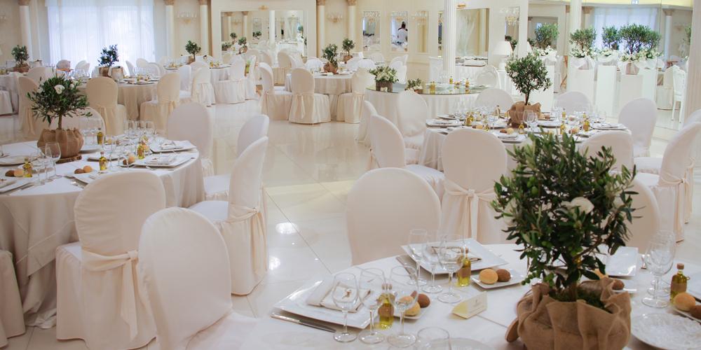 Matrimonio Tema Ulivo : Matrimonio pugliese naturalezza ed eleganza